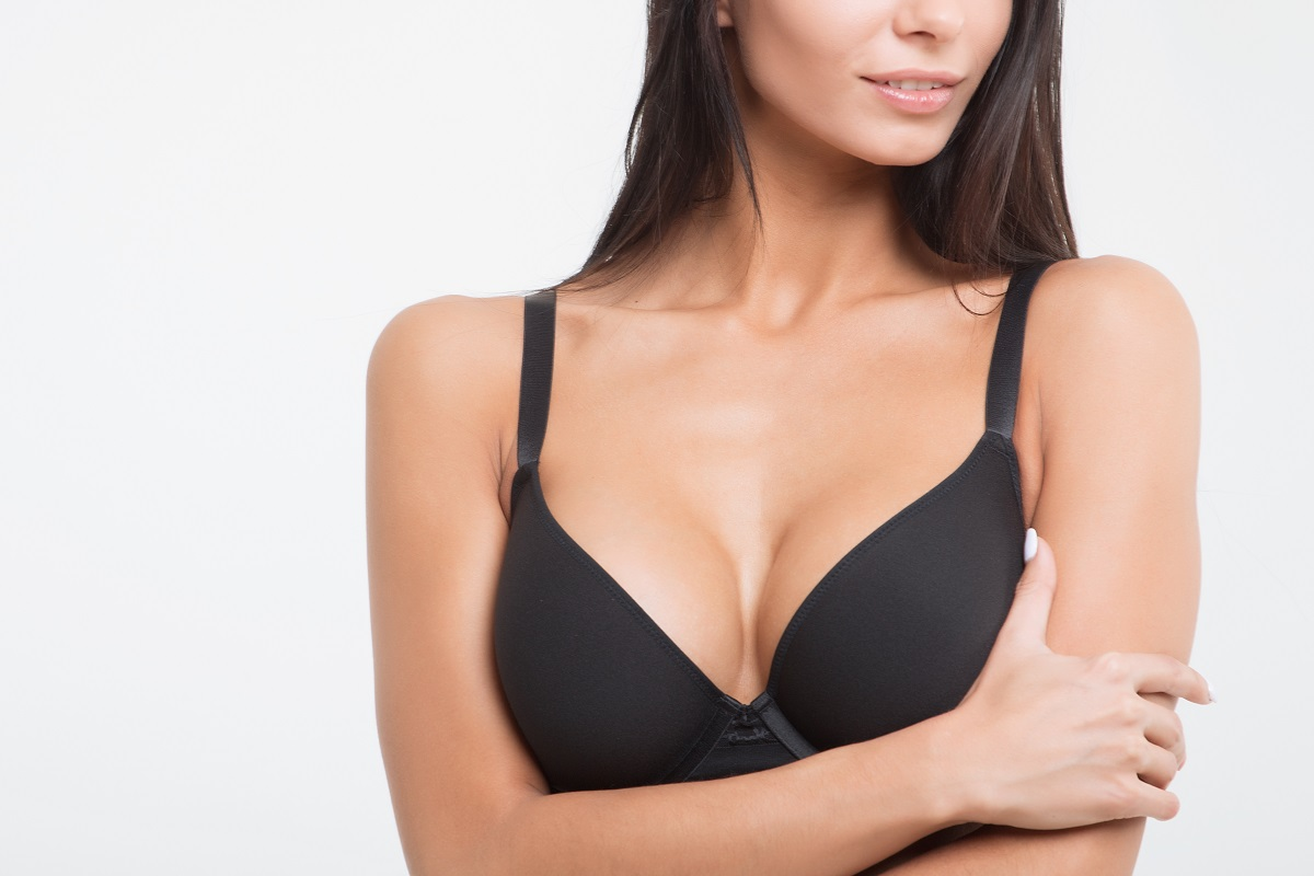 Breast Implants vs Breast Lift